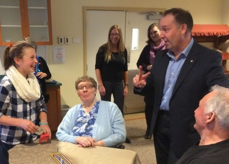 The Minister capped off his visit to Williams Lake schools by visiting Cataline teacher Steve Dickens and his students who participate in a year-long intergenerational program at the Williams Lake Seniors Village.